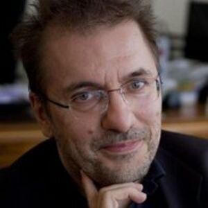 Robert Bajruši