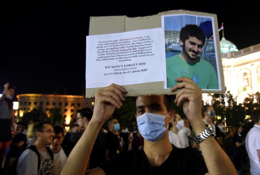 Student iz Turske na protestu