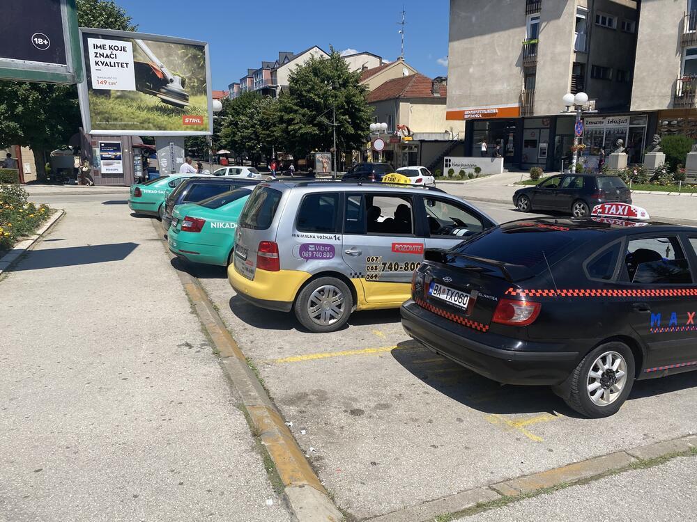 Taksisti imaju malo posla