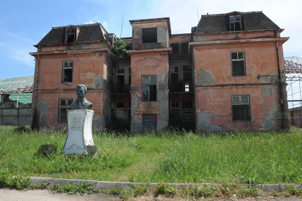 Eurofond interesovalo samo da milione kvadrata pretvori u građevinsko zemljište: Bivša upravna zgrada Solane