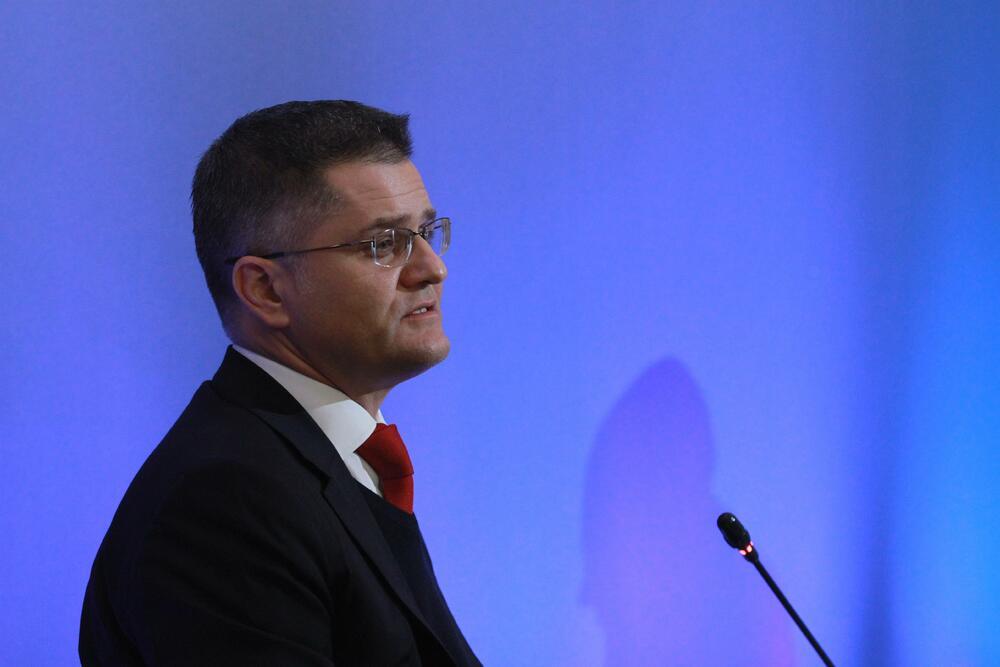 Jeremić čestitao Bečiću: Uvjeren sam da ćete opravdati povjerenje...