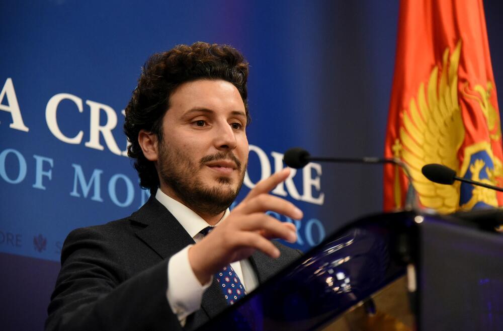 """Abazović: Logično je da koalicija """"Crno na bijelo"""" kadrira u službama  bezbjednosti"""