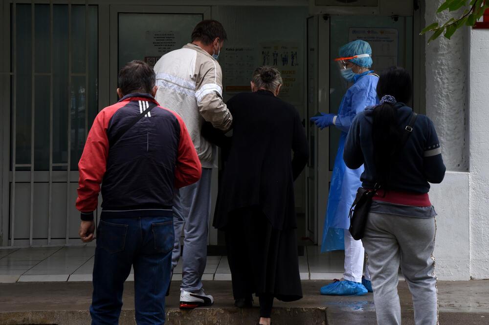 Izabrani ljekari u domovima zdravlja pod velikim teretom, Foto: Luka Zeković