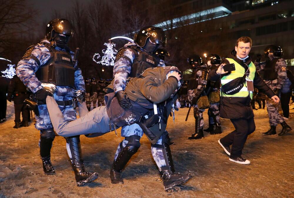 Protesti u Rusiji zbog hapšenja Navaljnog: Uhapšeno oko 850 ljudi,...