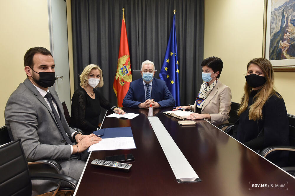 Krivokapić: Moramo sarađivati kao porodica da bi obezbijedili...