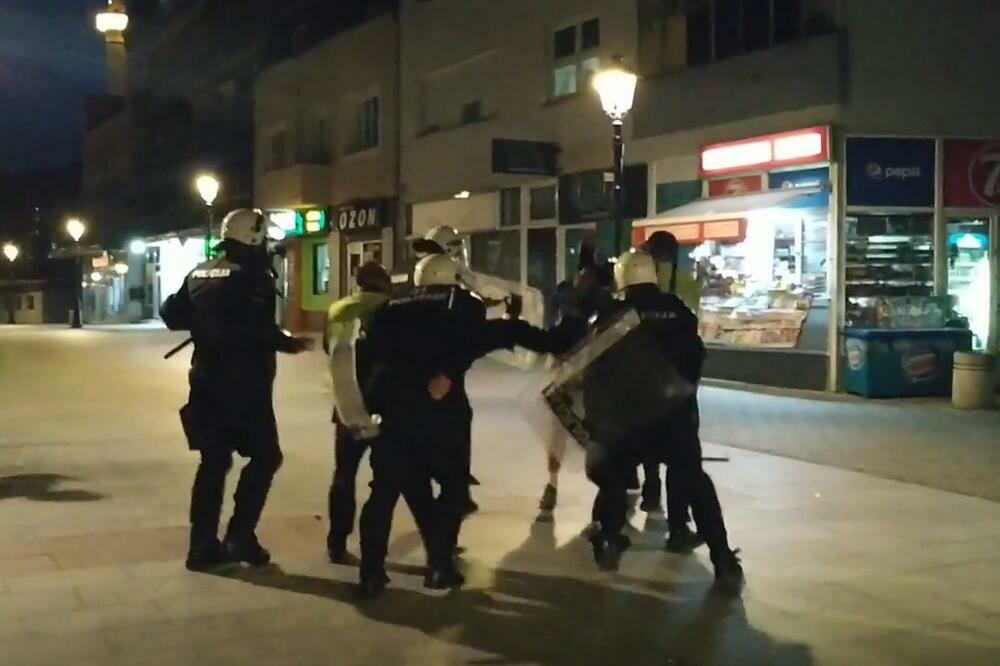 """Pljevaljski policajci u """"akciji"""", Foto: Screenshot"""