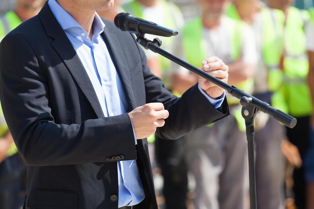 Balkanska asfalt politika: providna, niska i štetna