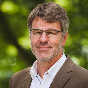 Prof. dr Henrik Müller