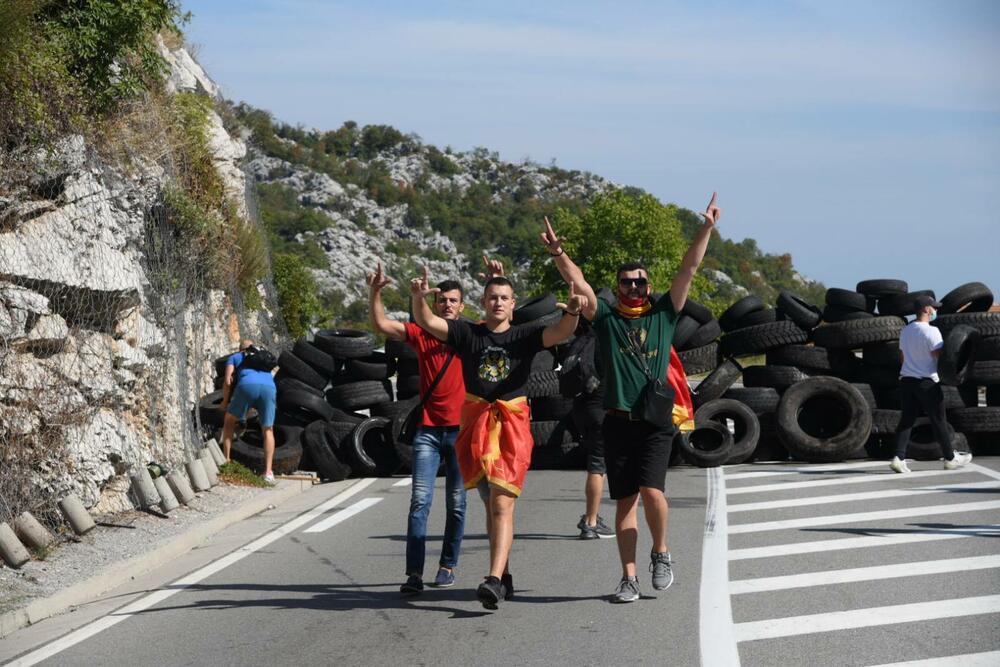 Sukobi i neredi u Crnoj gori 5359973_viber-slika-20210904-150919150_ff