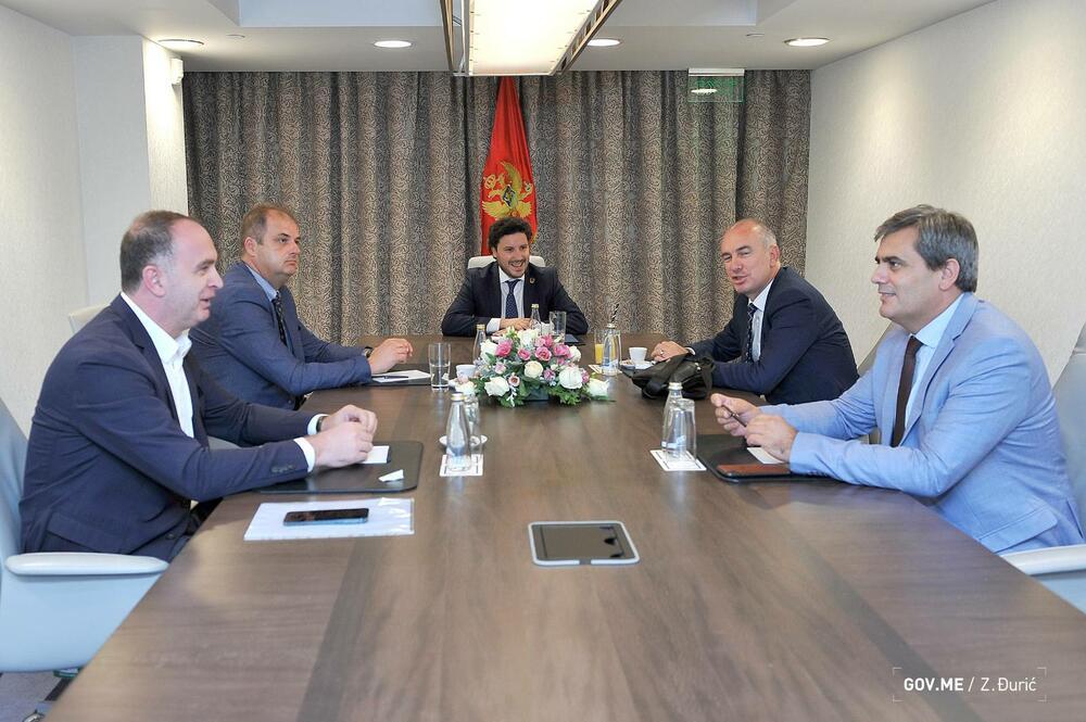 Dogovoreno da se razgovori nastave; Abazović sa liderima manjinskih parlamentarnih stranaka