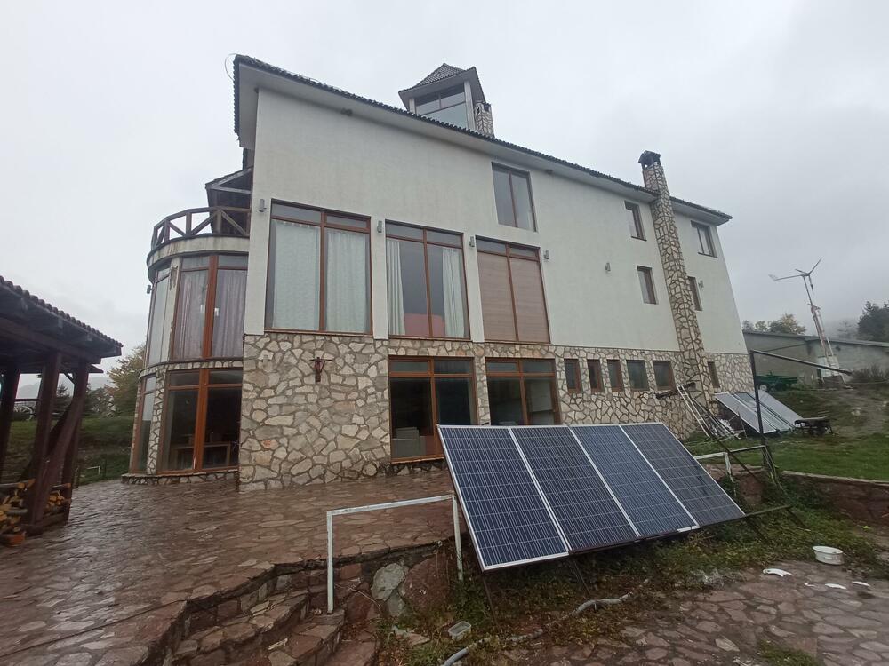 Solarni paneli proizvode energiju