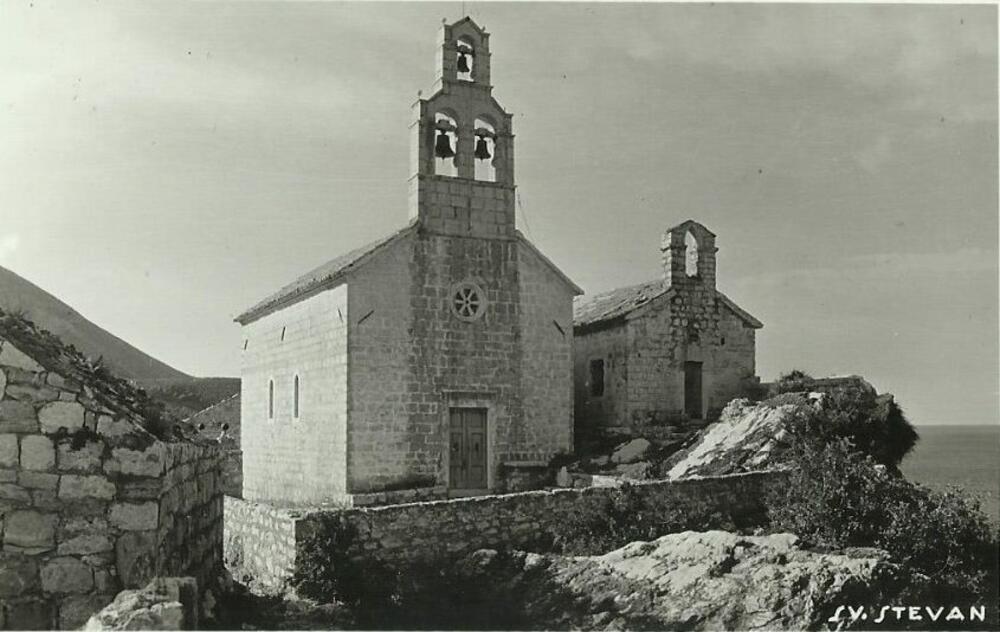 Crkve na Svetom Stefanu