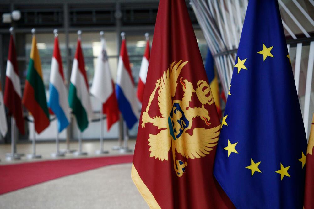 Bivša vlast usporila, a nova zakočila EU integracije